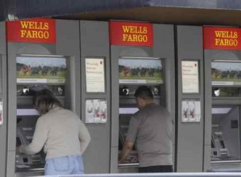 Regions, Wells Fargo Experiment with Social Media and ATM Mashups