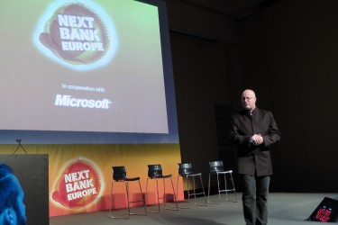 Movenbank's Brett King: Bank 3.0, Mobile Banking Anytime, Anywhere [Next Bank Europe]